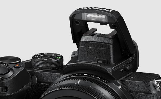 Встроенная вспышка камеры Nikon Z50