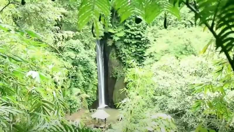 Air Terjun di Bangli