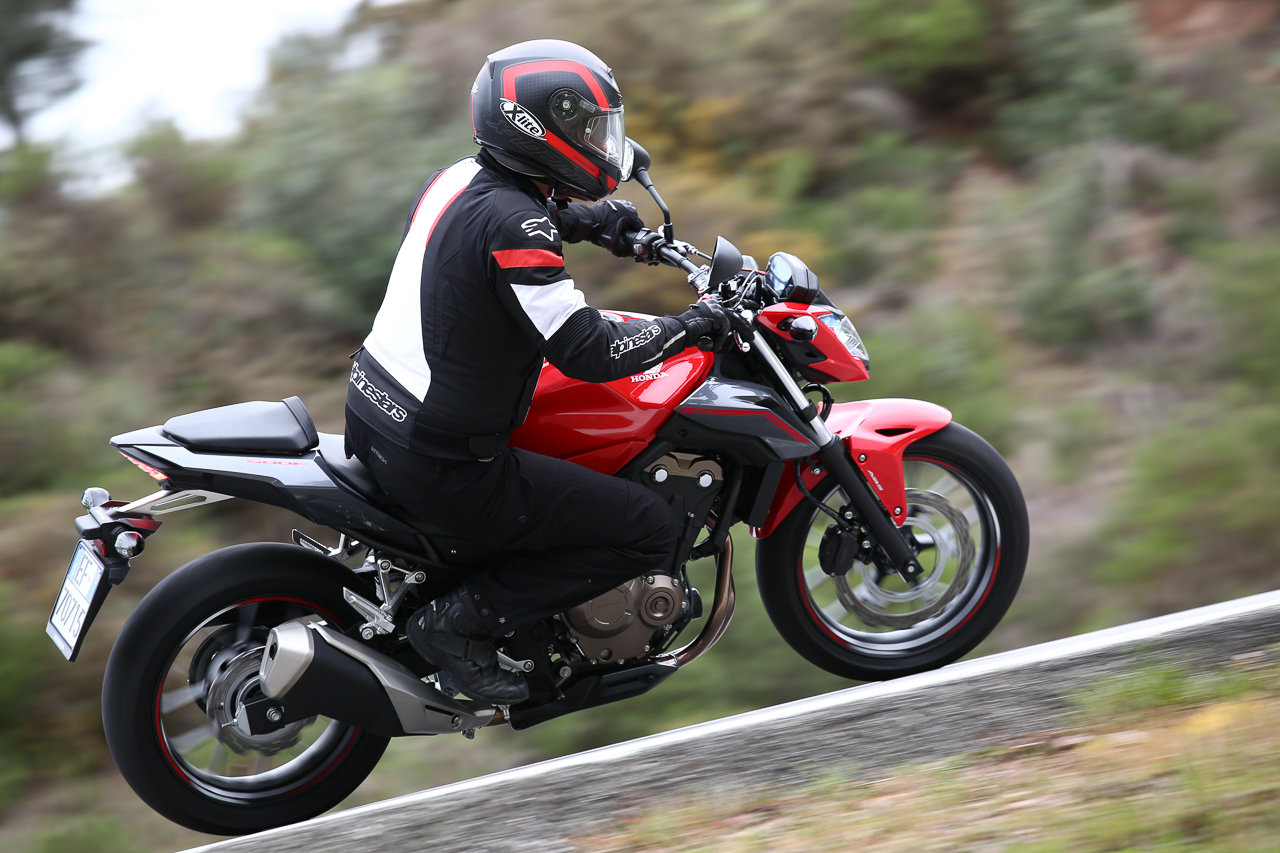 Real Riders: 2016 Honda CB500F Review, Naked Champs