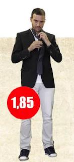 Cuánto mide Julián Elfenbein