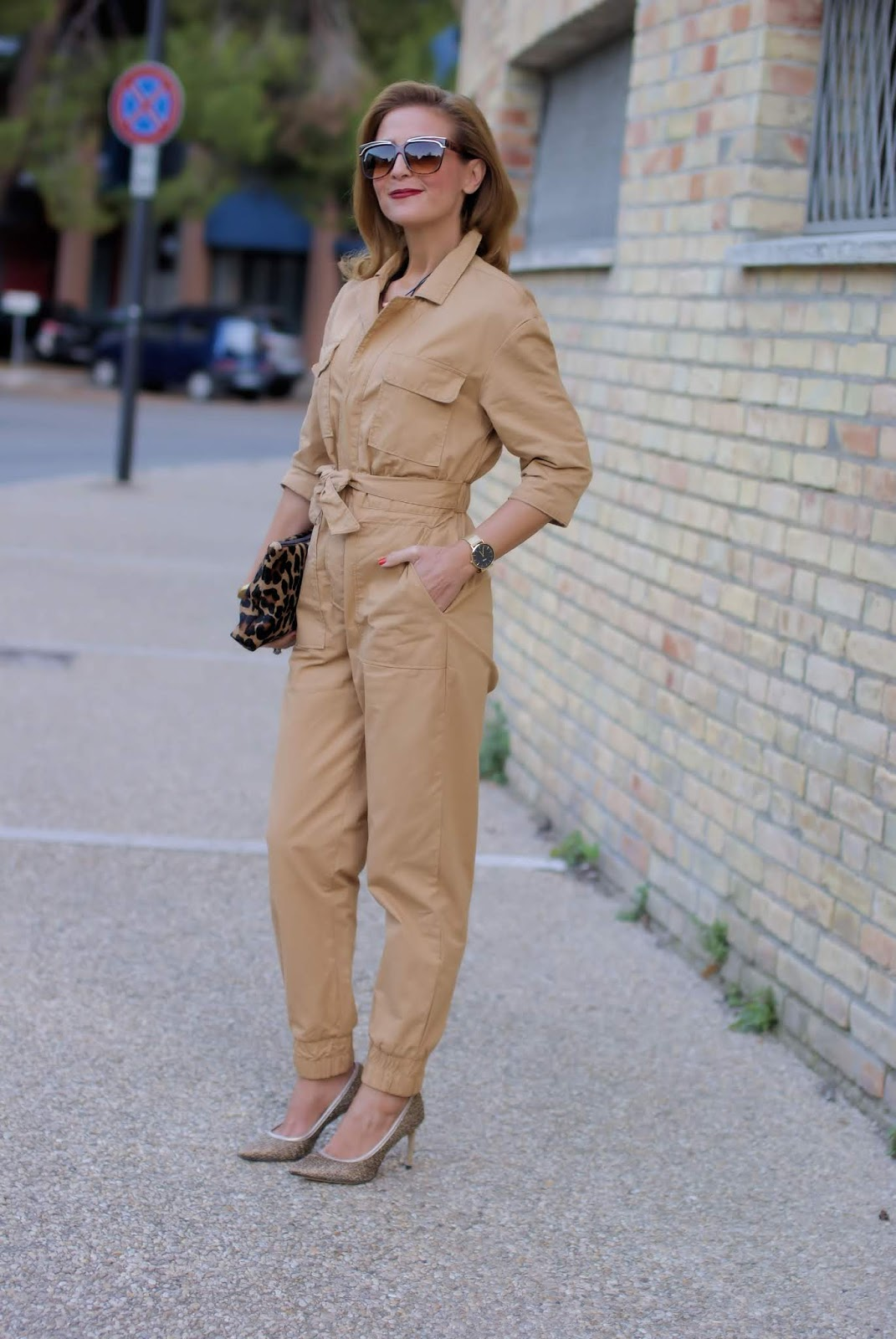 How to wear: the utility workwear jumpsuit trend on Fashion and Cookies fashion blog, fashion blogger style