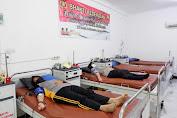Sambut HUT Polisi Wanita, Puluhan Polwan Polda Kalbar Ikuti Donor Darah