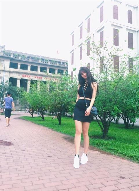 Hot girl Quỳnh Lê Mặt xinh khả ái xinh đẹp 13