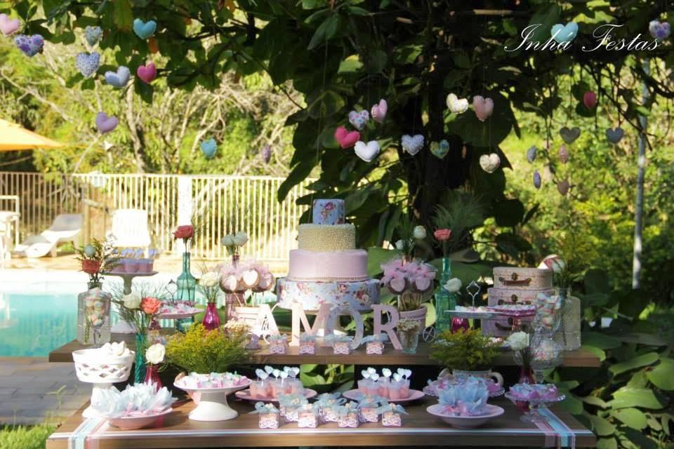 blog-de-casamento-festa-decoracao-romantica-mesa-bolo