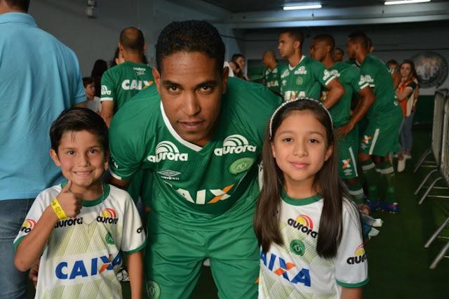 Cléber Santana (meia)