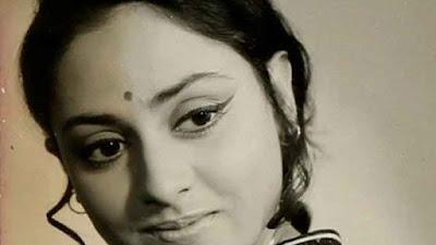 अमिताभ बच्चन ने जया बच्चन की तब की तस्वीर शेयर की, जब वो पत्नी नहीं हुआ करती थीं।