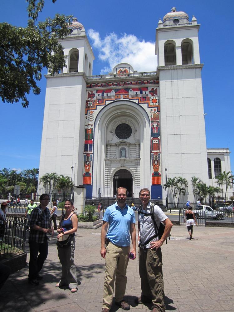 Linda's El Salvador Blog: 2011