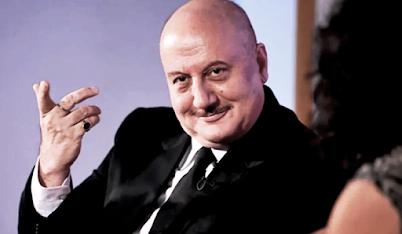 सोश्ल मीडिया पर पर वायरल देसी हैरी की विडियो को अनुपम खेर ने अपने फेंस के साथ शेअर किया  