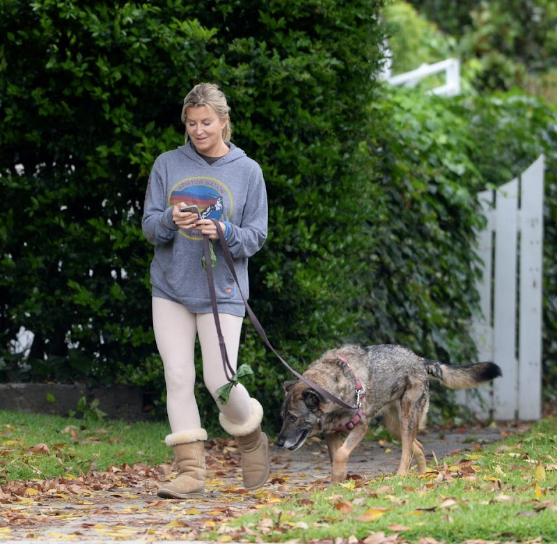 Allison Dunbar Clicked Outside with Her Dog in LA 13 Apr-2020 | Celebrity Photos Daily