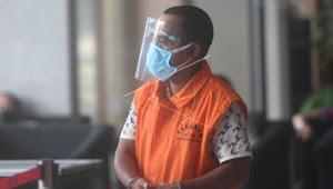 Dari Kasus Dugaan Suap Yang Menyeret NA, Edy Rahmat Didakwa Terima Uang Rp3,2 M