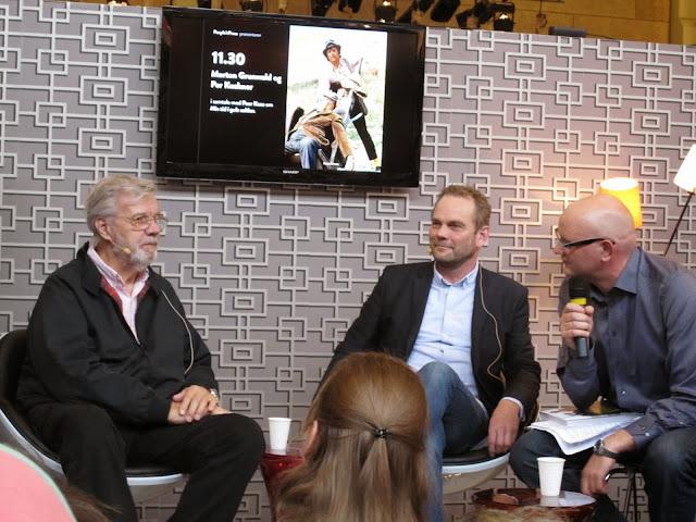 Skuespiller Morten Grunwald interviewes om sin bog Mit liv i gule sokker
