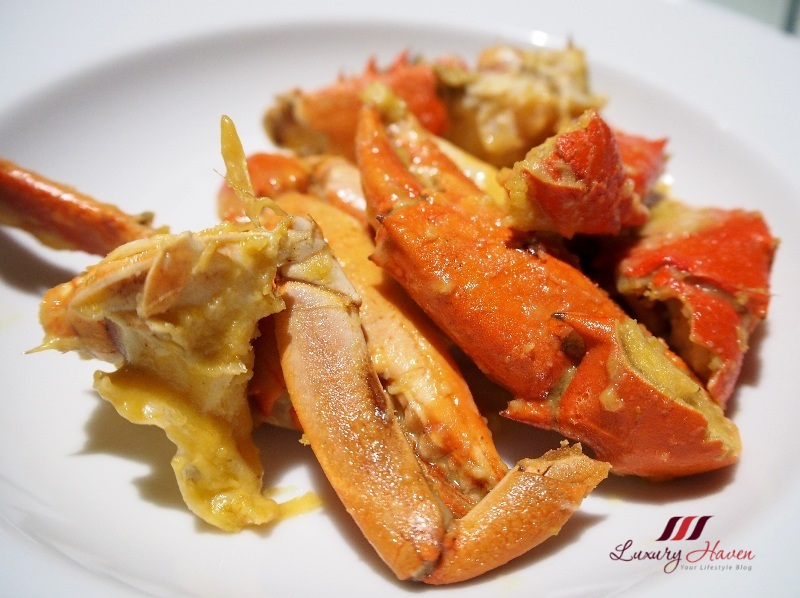 concorde hotel spices cafe salted egg yolk crabs