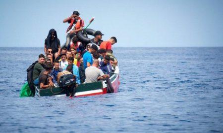 """المهدية : احباط عملية """" حرقة """" والمجتازون يؤكدون """" اما الهجرة أو الموت """" !"""