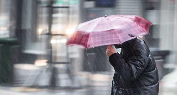 Frente fria chega nesta sexta-feira e Carnaval será de chuva