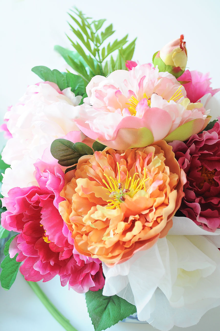 DIY tutorial for creating gorgeous floral arrangements for your home decor, tablescapes, centerpieces and soirees.