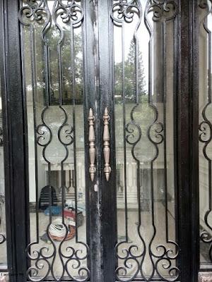 pagar tempa klasik adalah untuk rumah mewah