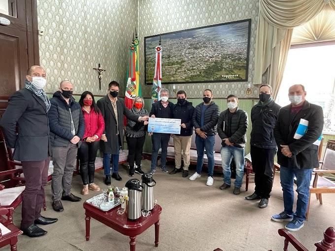 Câmara de Taquara repassa R$ 250 mil para a Prefeitura consertar escavadeira e quitar dívidas com o Hospital Bom Jesus