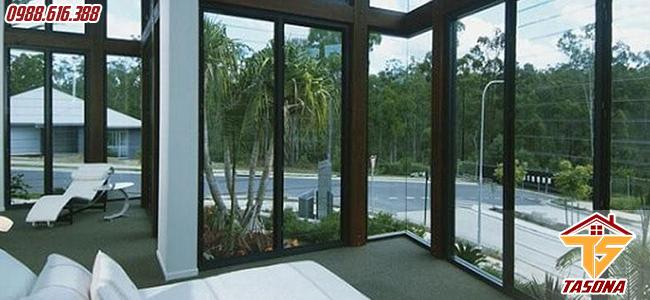 Cửa sổ lùa 4 cánh cho khu nghỉ dưỡng