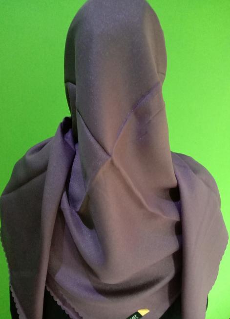 Kerudung Shinar Glamour Sonic Purple