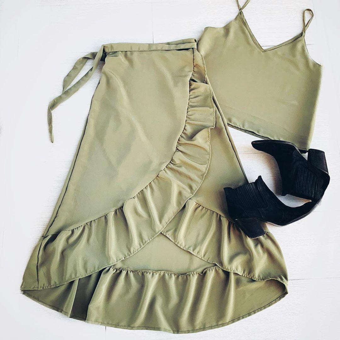 Faldas y tops moda verano 2020.