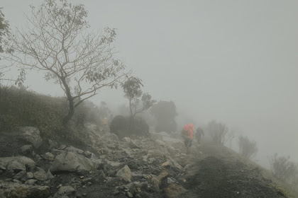 Tips dan Trik Mendaki Saat Musim Hujan