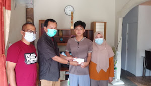 ForKI Riau Serahkan Santunan kepada Keluarga Almarhum Moralis