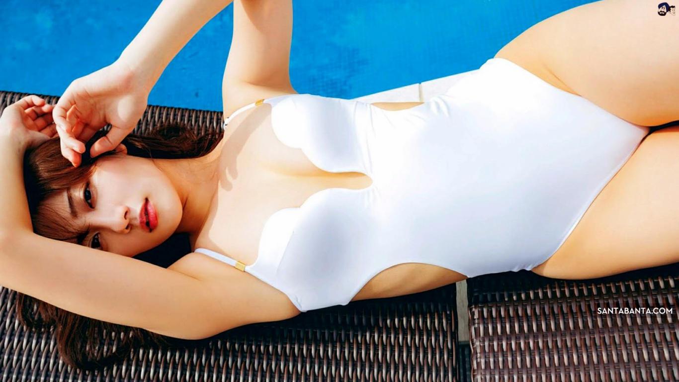 Kazusa Okuyama Hot Swimsuit Wallpaper