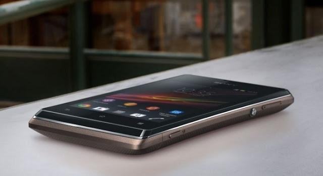 Harga HP Sony Xperia E C1505 Tahun 2017 Lengkap Dengan Spesifikasi, Layar 3.5 Inchi, RAM 512 MB, Memori Internal 4GB