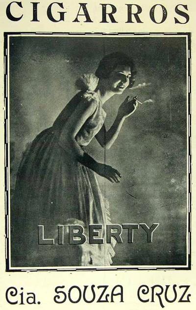 Propaganda antiga dos Cigarros Liberty promovendo a liberdade feminina por meio da sensualidade