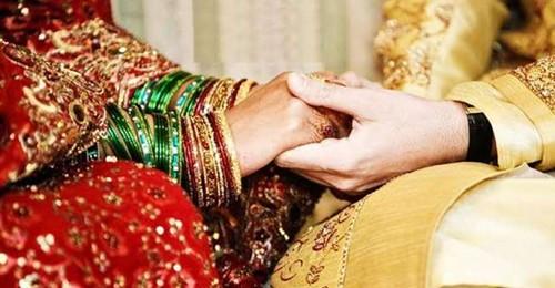 शादी के तुंरत बाद पत्नी को पता चली पति की ऐसी बात जानकर उड़ गए होश और फिर