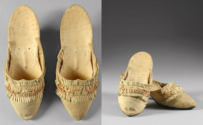 Shoes or slippers  that belonged to Marie Antoinette with ruffles