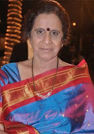 Usha Nadkarni Family Husband Son Daughter Father Mother Age Height Biography Profile Wedding Photos