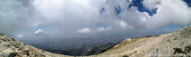 Vistas impresionantes desde la cima de la Maroma