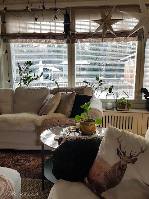 olohuone sisustus vuonna 2019 olohuoneen sisustus boho ektorp sohva livingroom skandinaavinen