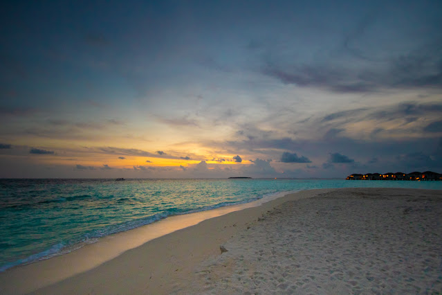 Resort Amari Havodda Maldive-sunset
