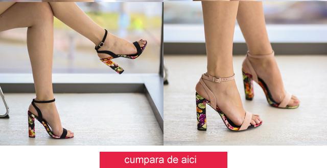Sandale cu imprimeu floral negre, roz cu toc inalt gros de zii