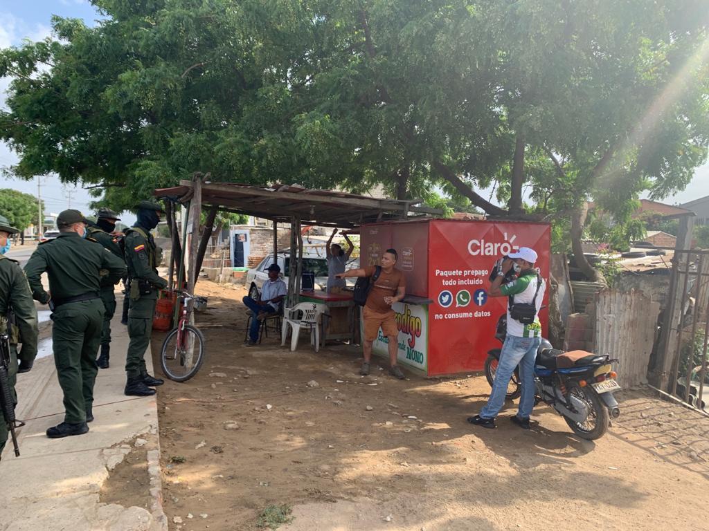 https://www.notasrosas.com/Policía Nacional entrega Balance de Operativos realizados durante el fin de semana, en La Guajira