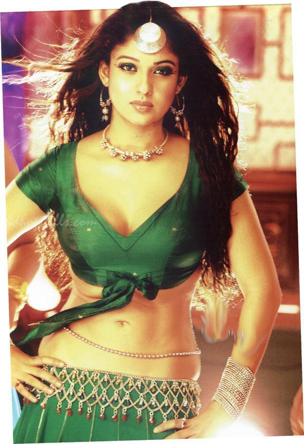 nayanthara navel hot - 50+ Sexiest Bikini Photos of Nayantara:Hot Naval & Boob Cleavage Images