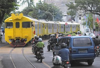 Adu-Kambing-Railbus