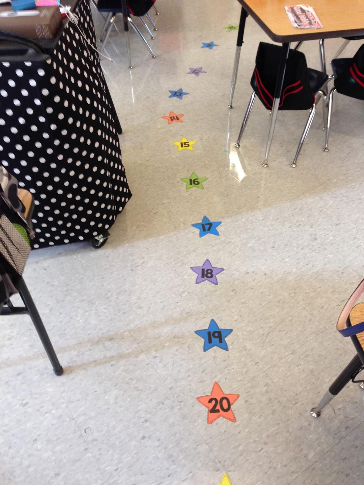 lining up, kindergarten lining stars