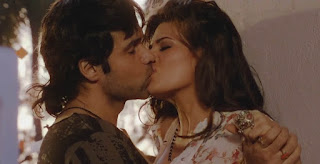 Emraan Hashmi Putting His Lips To Jacqueline Fernandez Lips
