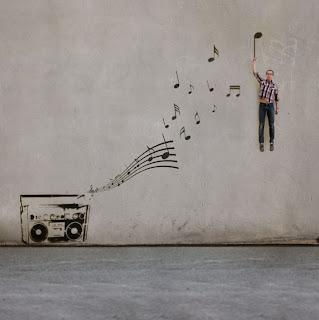 Fotomontaje y música