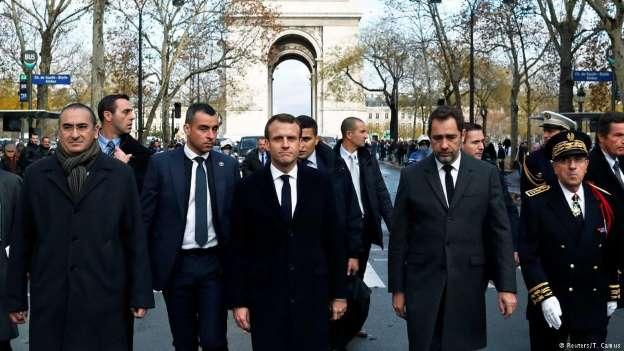 BBQn2L9 - Governo francês avalia declarar estado de emergência