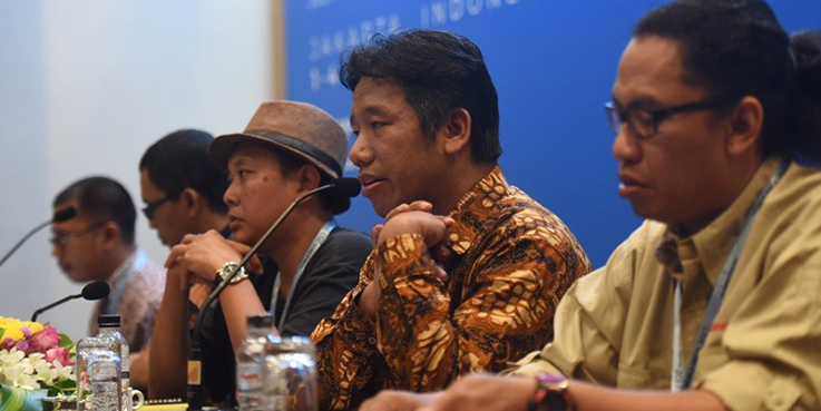 Ketua AJI Suwarjono (dua dari kanan) di acara WPFD 2017 di JCC Senayan. (Foto:Antara)