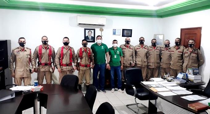Equipe de Bombeiros se reuniu com Prefeito João Balbino em Rosário Oeste