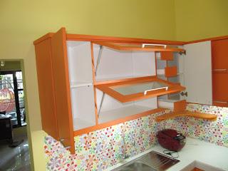 Kitchen Set 15 Pintu Dan 6 Laci Lengkap Dengan Kompor Dan Penghisap Panas