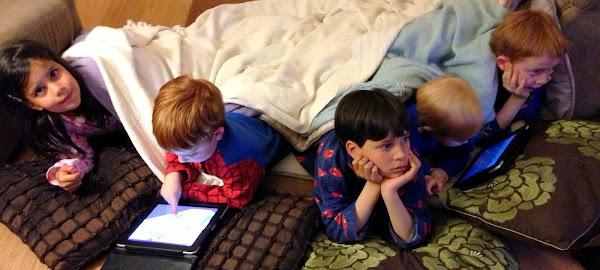 five kids in pajamas