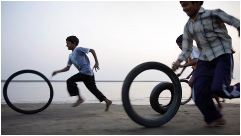 Tyre Rolling Game