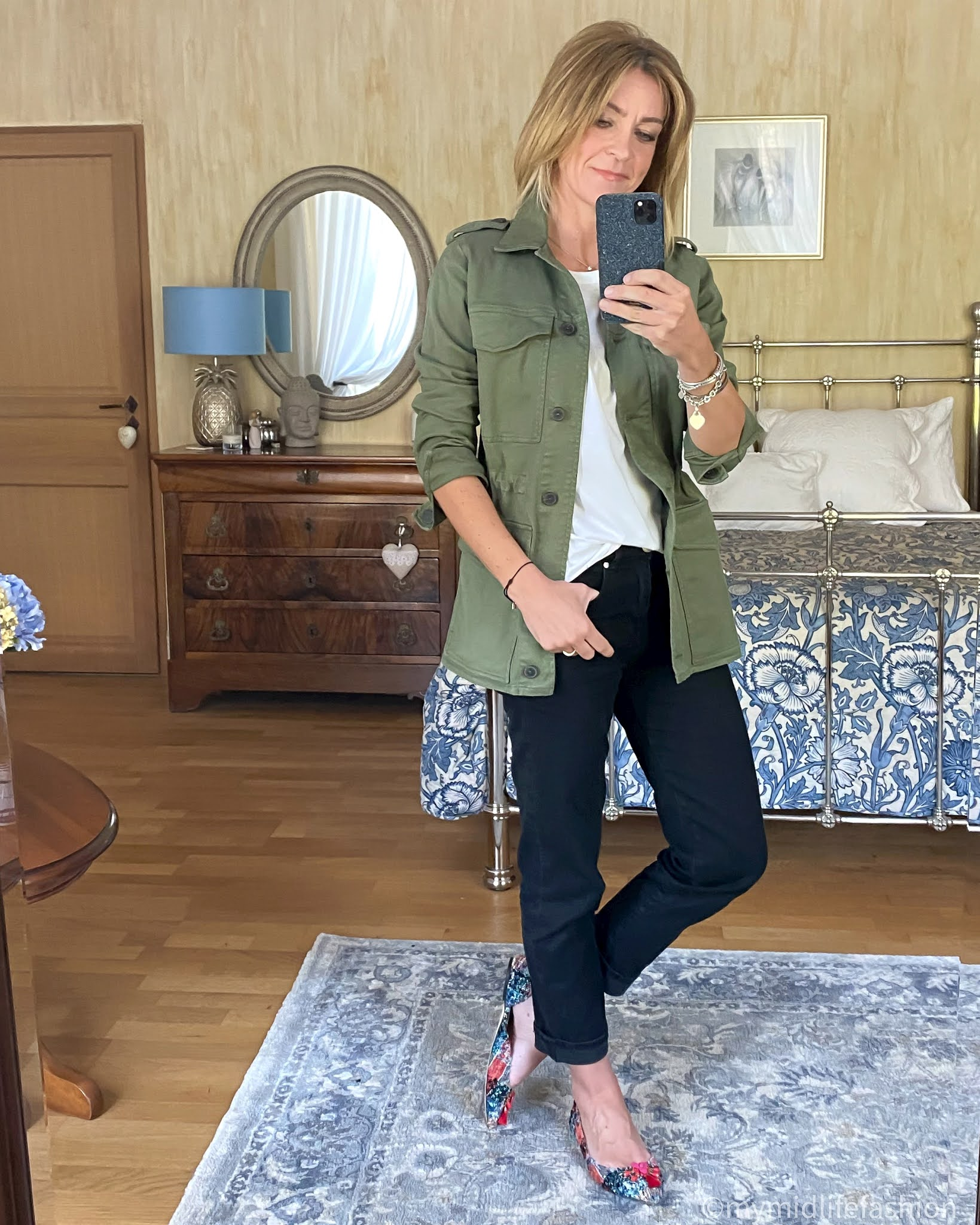 my midlife fashion, baukjen boyfriend jean, baukjen drake organic cotton utility  jacket, Joseph crew neck t-shirt, j crew tassel flat pointed shoes