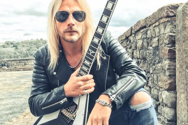 """Richie Faulkner sobre o próximo álbum dos Judas Priest: """"As novas canções soam fantásticas!"""""""